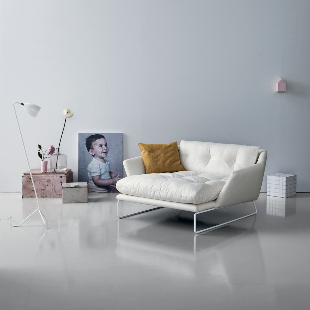 SabaItalia_NEW YORK SUITE_lounge_chair_1_white